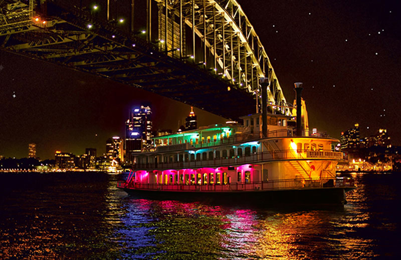 Dine at 3 different venues each day on Sydney Harbour